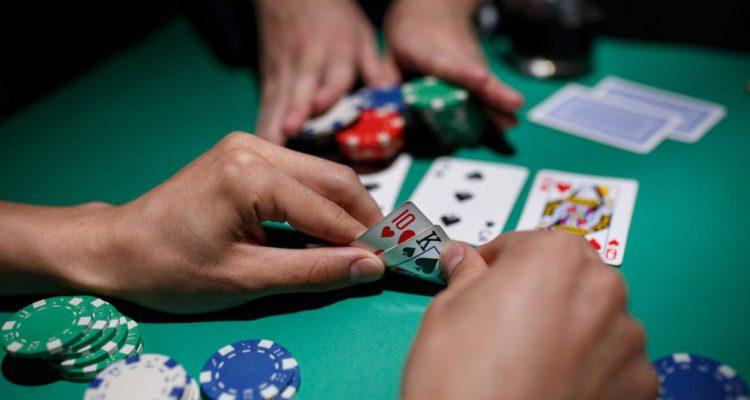 Situs Judi Poker Online Uang Asli Di Android Terpercaya